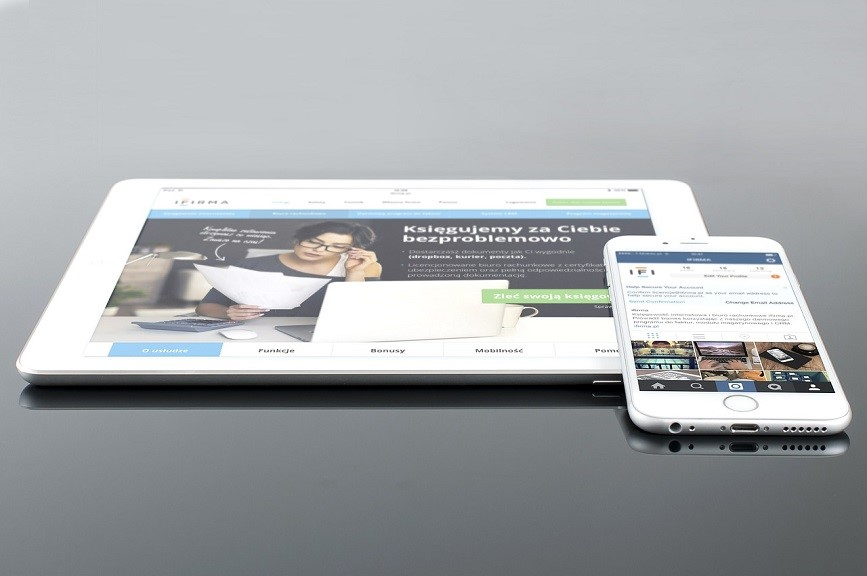 Mobile device friendly website design example